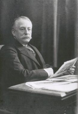 Wolf-Dietrich v. Bredow